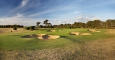 10th-hole-green-and-bunkers-3