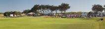 Final-hole-crowd-panorama